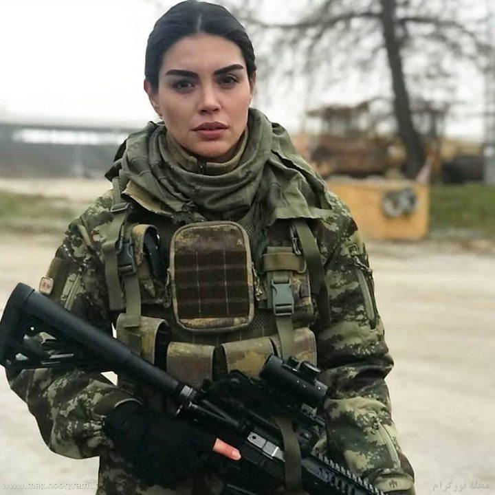 عکس دختر نظامی خوشگل