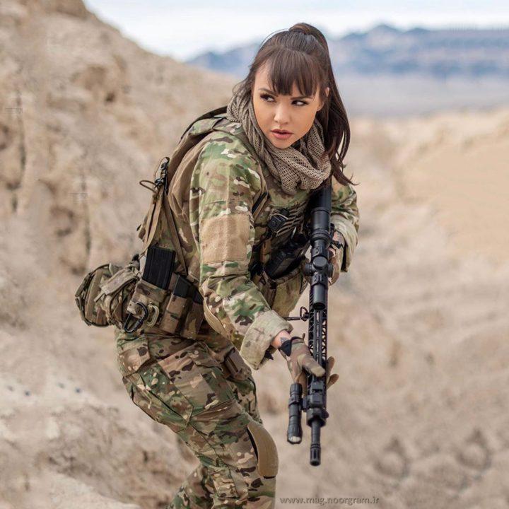 دختر نظامی