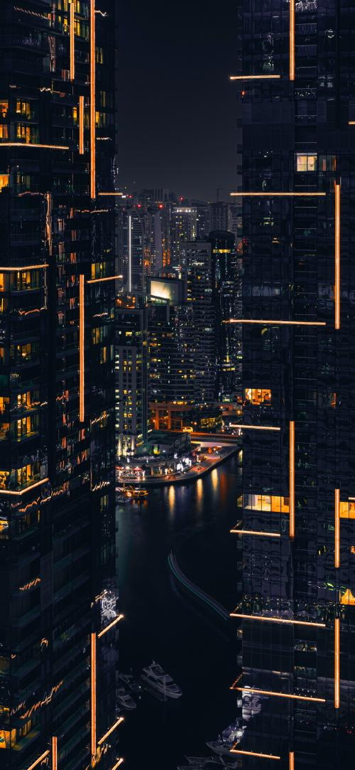 پس زمینه شهر در شب