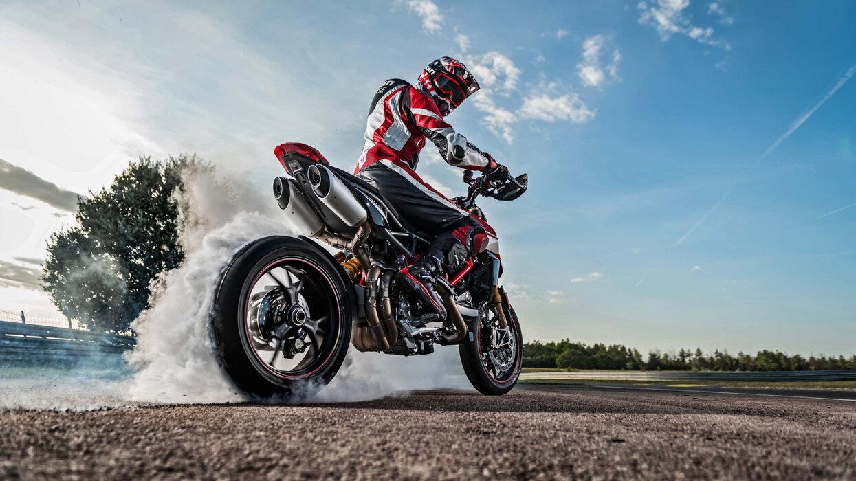 Ducati Hypermotard 950.jpg