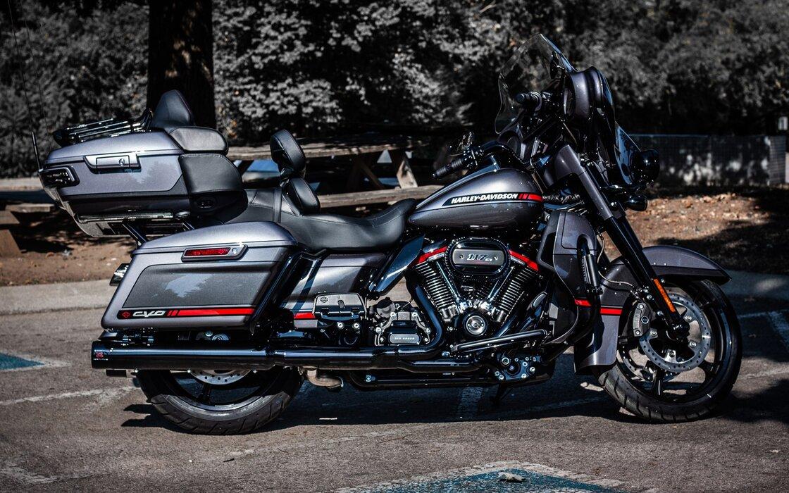 harley-davidson-cvo-limited-flhtkse-side-view-2020-bikes-american-motorcyles-hdr- 1920x1200.jpg