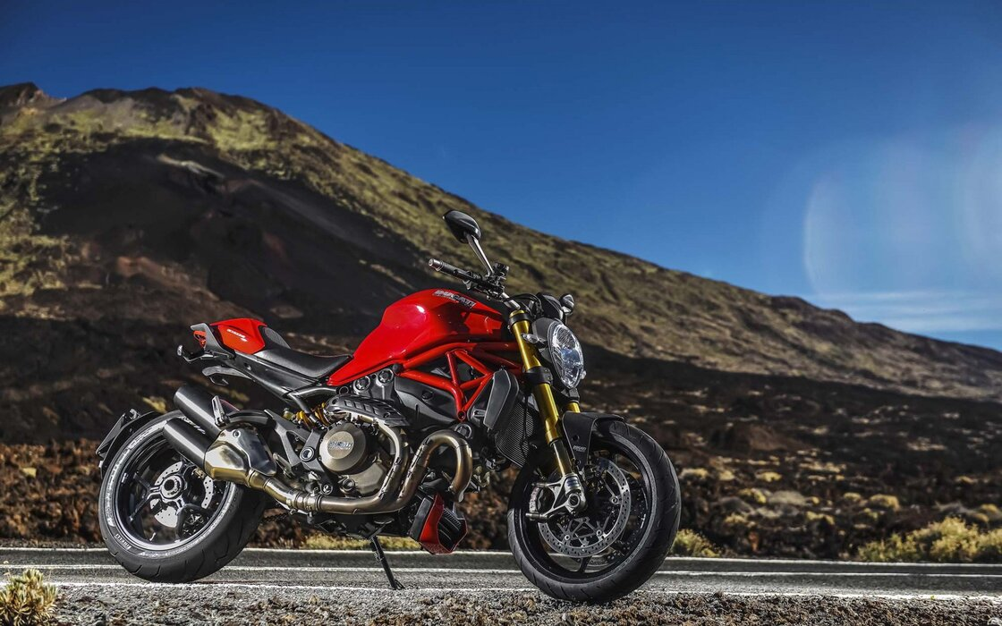 ducati-monster-1200-2020-side-view-exterior-sport-bike- 1920x1200.jpg