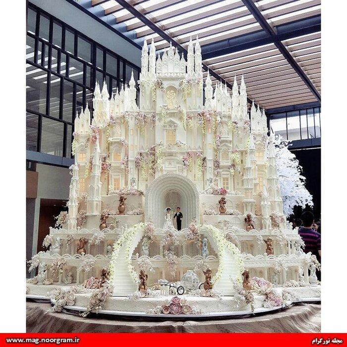 کیک عروسی.jpg