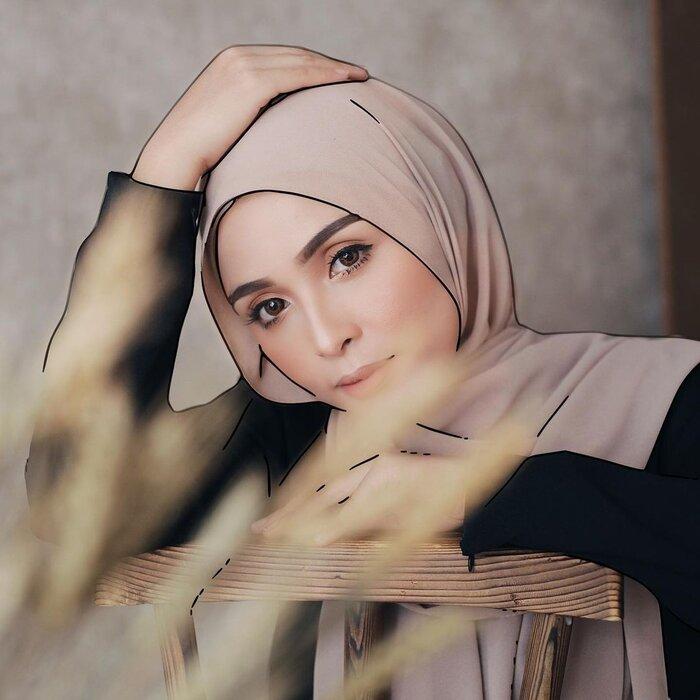 عکس دختر با حجاب (2).jpg